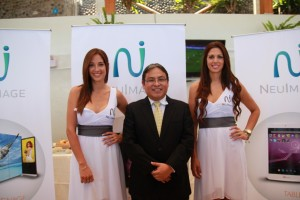 Roberto De la Cruz, Gerente General de Technology Envision Perú, y representante de la marca NeuImage en el país, señaló que espera vender 160 mil tablets y 225 mil teléfonos en el Perú durante este año.